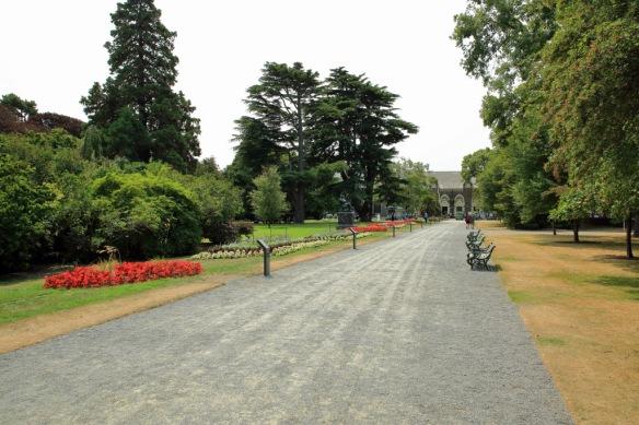 Botanic gardens entrance