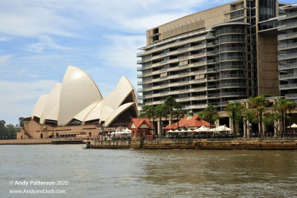 Cruise Circular Quay condos and Opera House