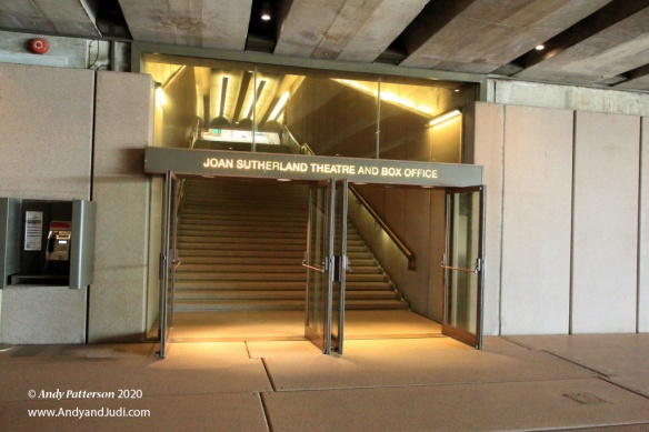 OH Joan Sutherland Theatre entrance