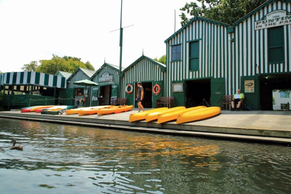 Punting boat shed
