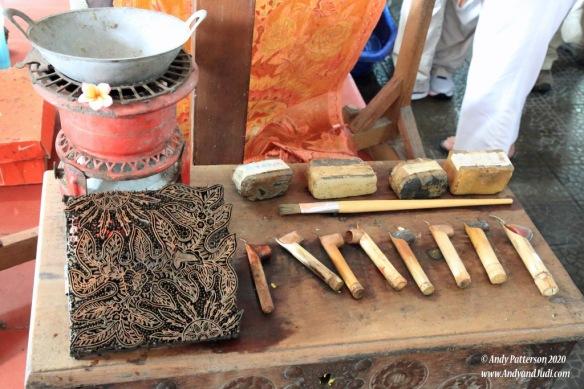 Batik - tools required