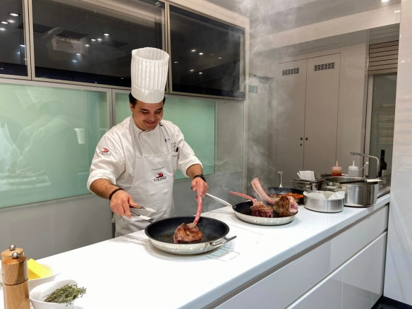 Chef Roberto searing steaks 2