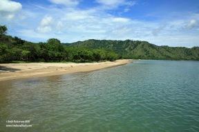 Komodo Is beach