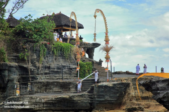 Tanah Lot Temple at low tide 3