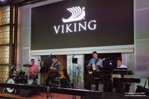 Viking band starting the party