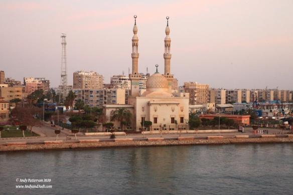 05 Entering Suez Canal Mosque