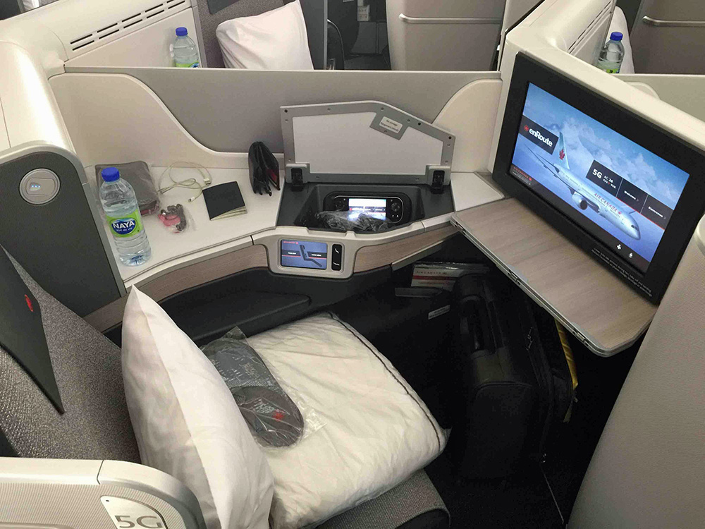Air Canada B-787 Business Class Seat
