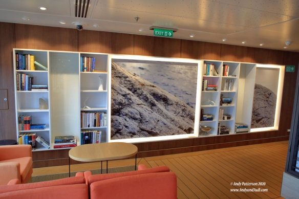Dk 7 Wintergarden wing lounge library port